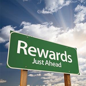 5-key-rewards-of-online-employee-benefits-software.jpg